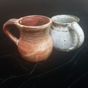 Vintage- Dana Hand-thrown Art Pottery Mugs